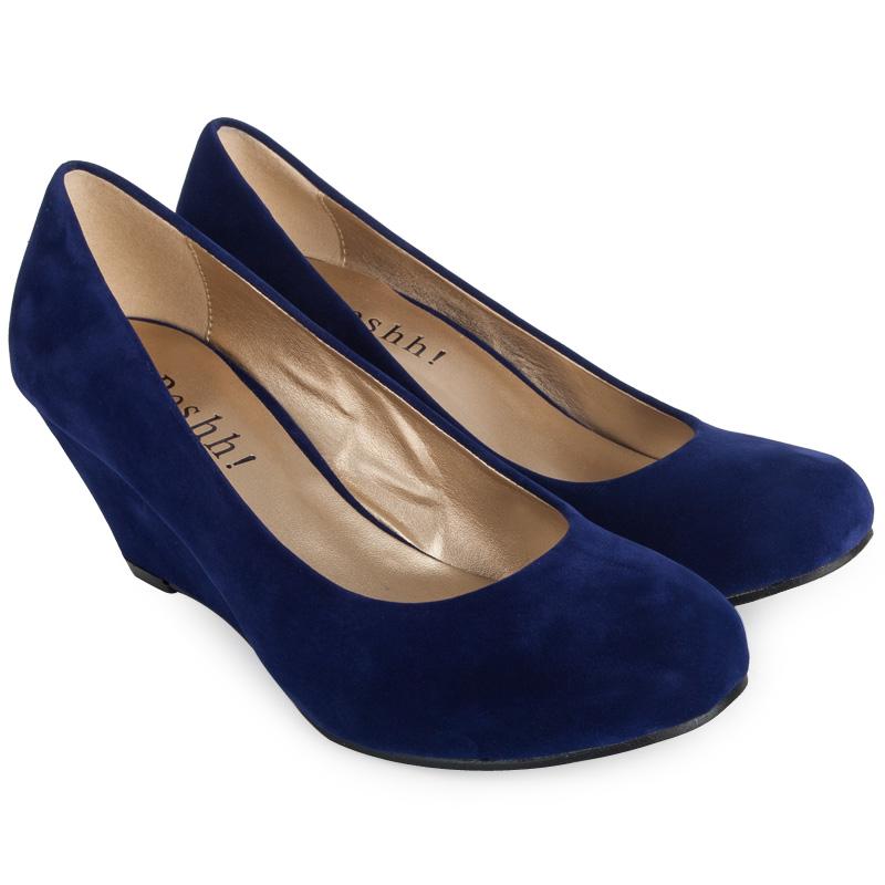 navy blue wedge sandals in size 11 navy blue sandals