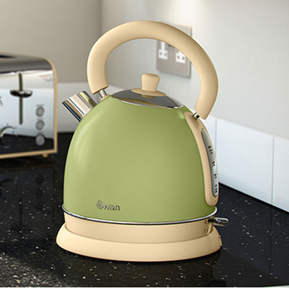 Green Kitchen Kettle: Swan SK261020GN Vintage Green Dome Kettle