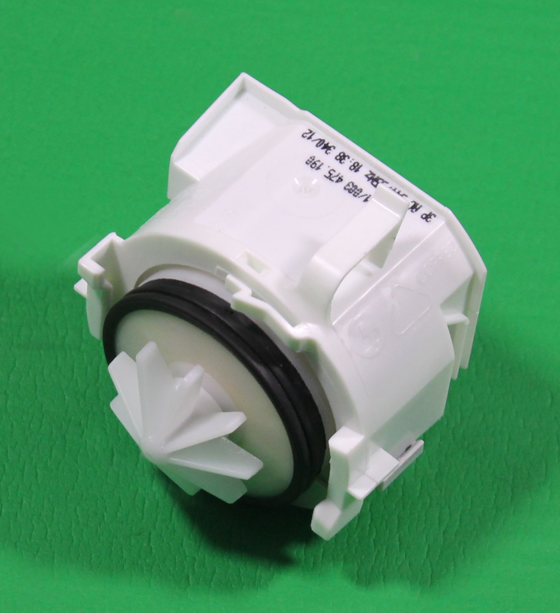 Bosch sms40c02gb 07 dishwasher drain pump blp3 01 003 ebay - Bosch dishwasher pump not draining ...