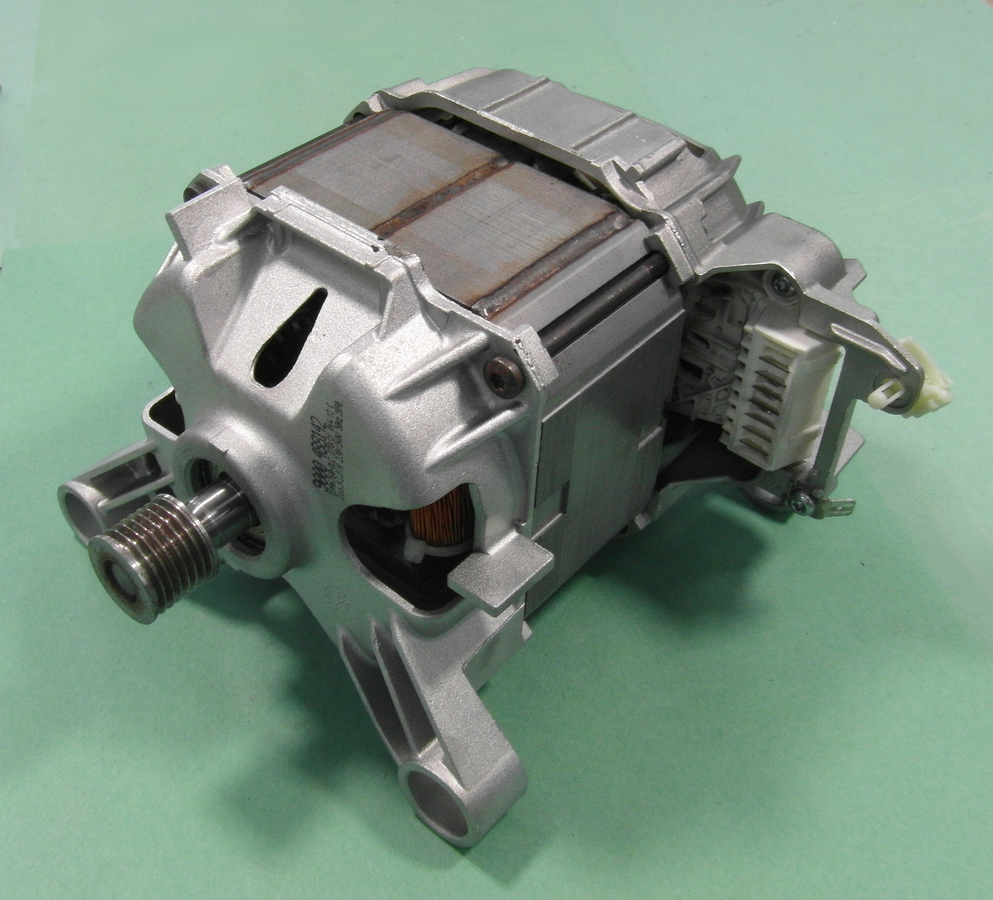 Bosch waq28460gb 06 washing machine motor 9000488142 151 for Motor for bosch washing machine
