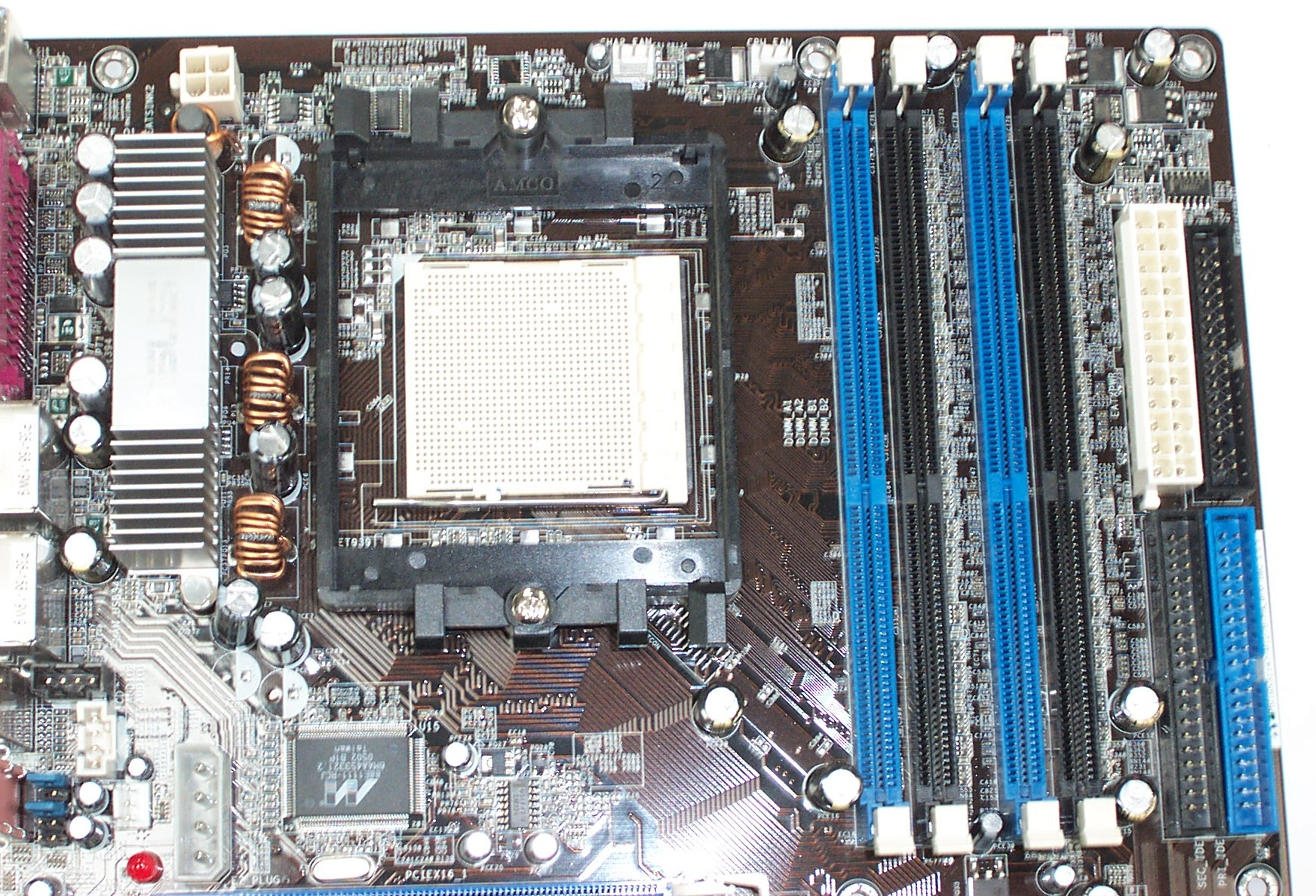 Meaning of Realtek AC97 on Asus A8n problem with 2.1
