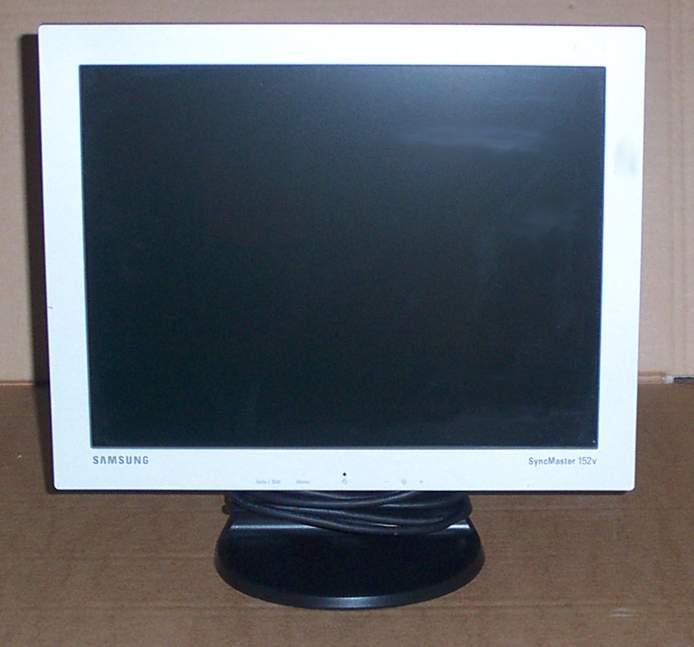 Samsung SyncMaster 152V 15-inch LCD Monitor(Silver)- Grade B Enlarged Preview