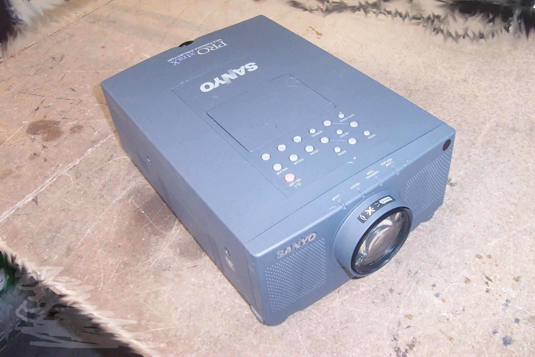 sanyo plc xp07b pro xtrax multimedia projector ebay. Black Bedroom Furniture Sets. Home Design Ideas