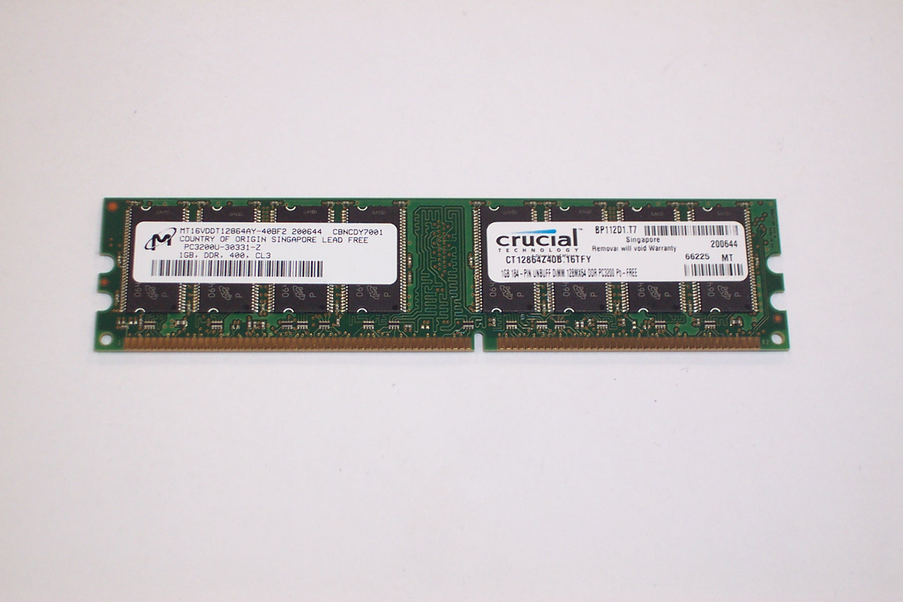 CRUCIAL CT12864Z40B.16TFY 1GB PC3200U DDR DIMM Enlarged Preview