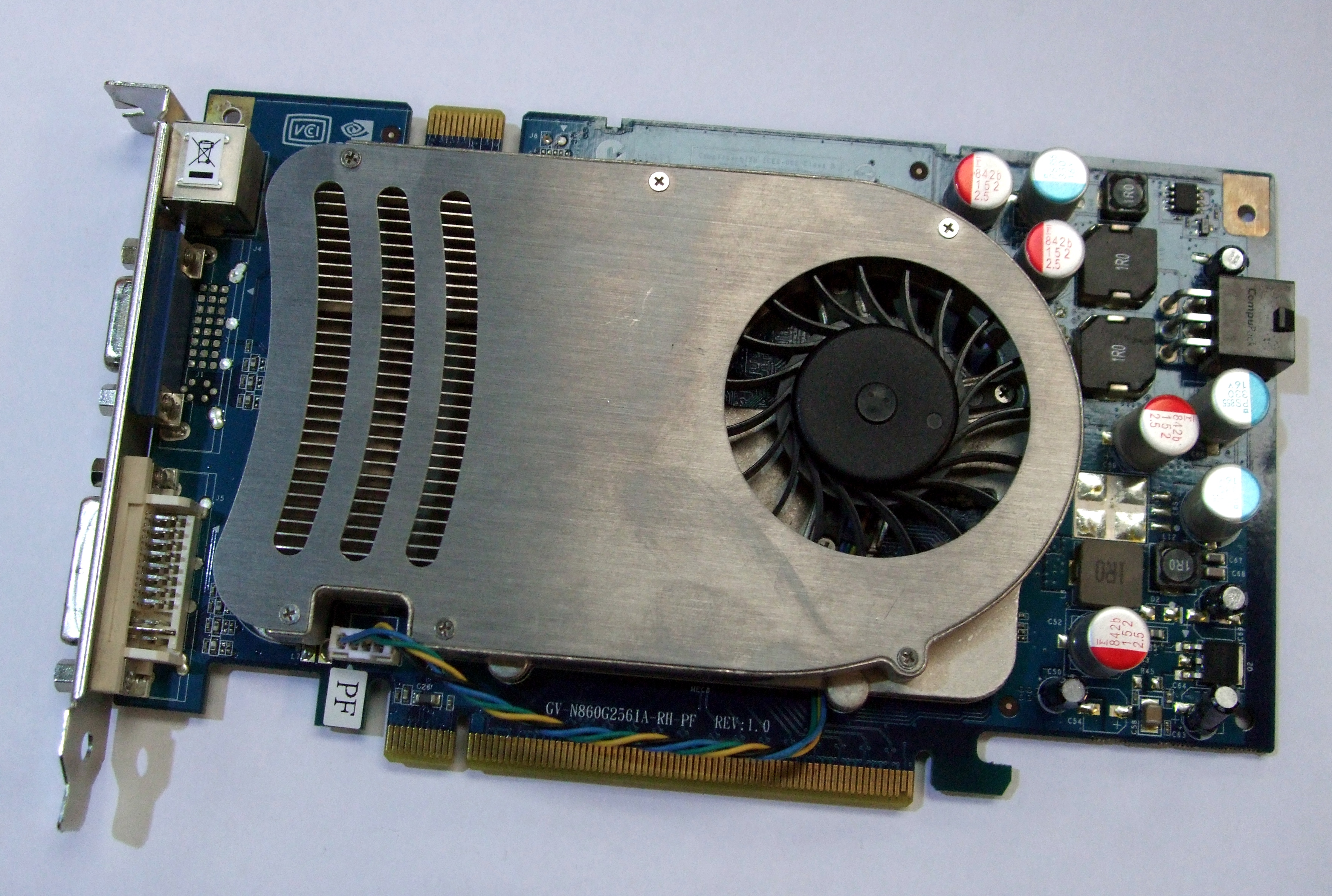 GV-N860G256IA-RH-PF Gigabyte Nvidia Geforce 8600GTS 256MB PCIE Graphics Card Enlarged Preview