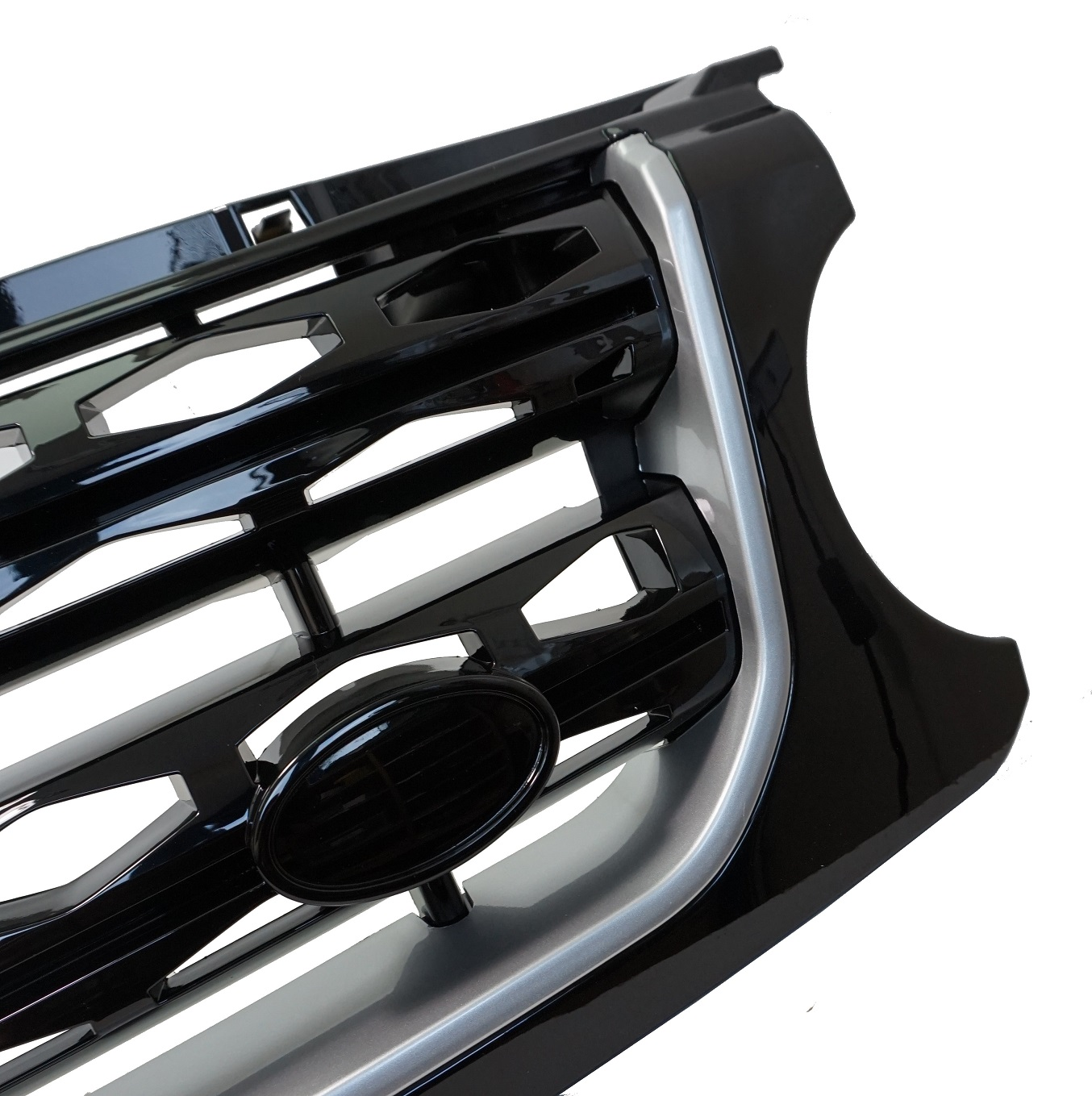 Black+Silver Disco4 Facelift Style Front Grille For Land