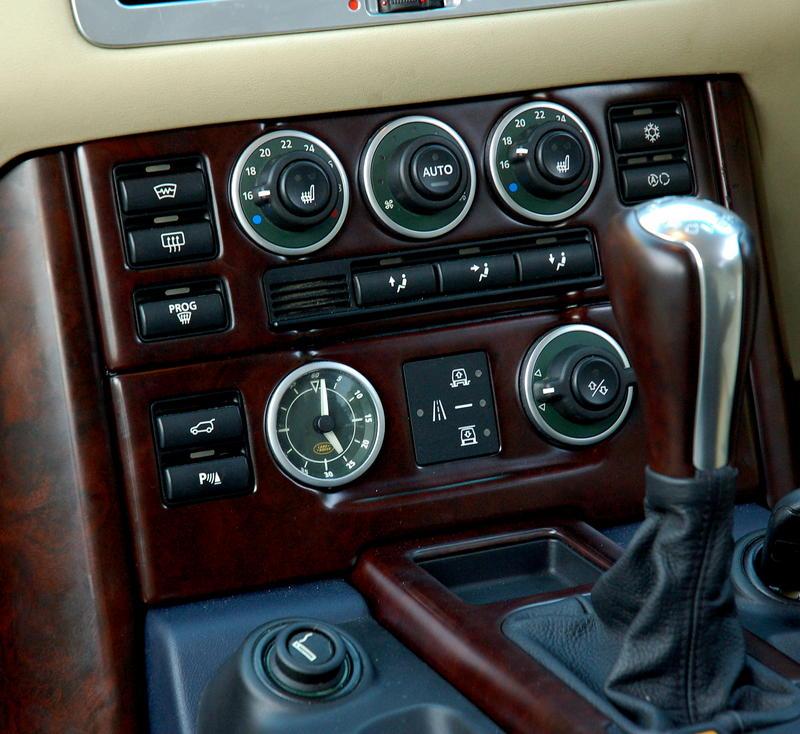 2002 Land Rover Range Rover Interior: Range Rover L322 Heater Control Facia Panel