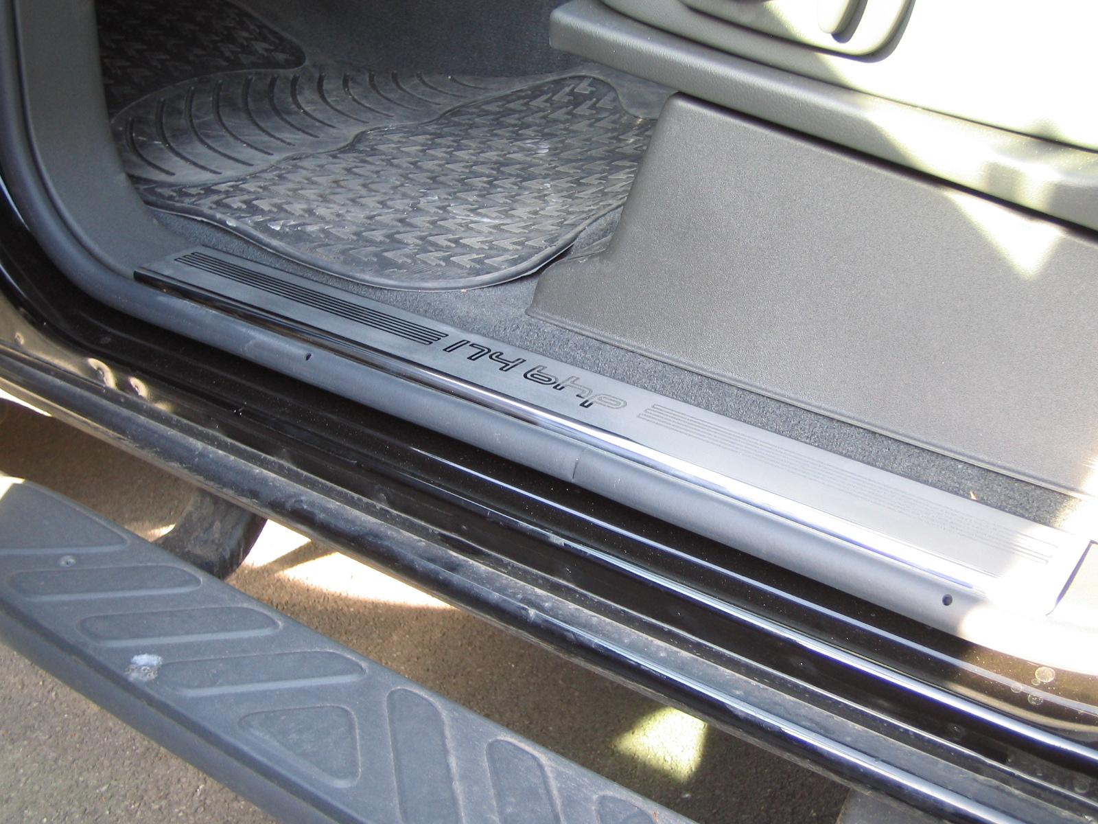 Chrome door step entry sill plate for nissan navara d40 for Sill plate definition