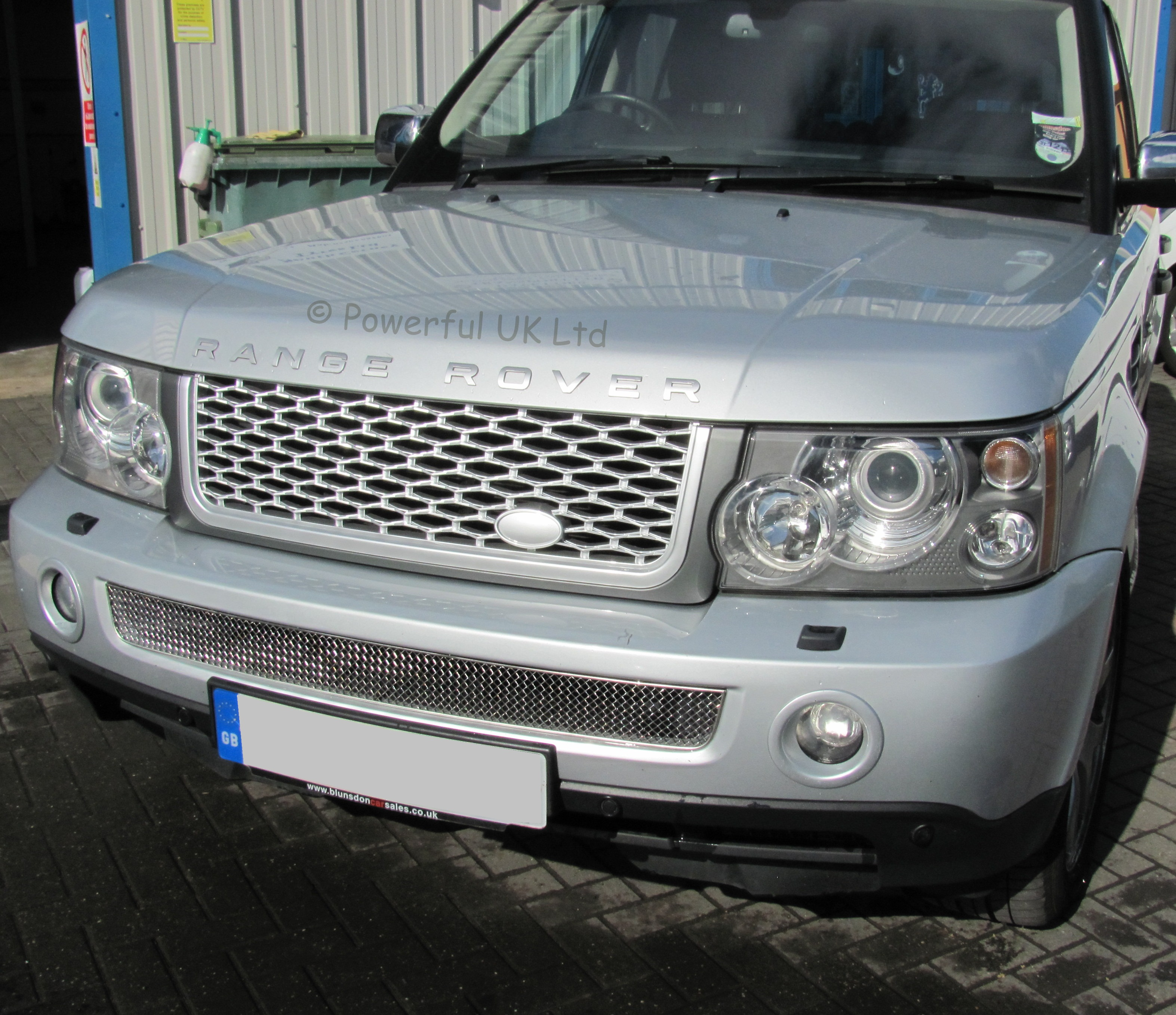 Latest 2010 Style Grille Conversion Range Rover SPORT 05