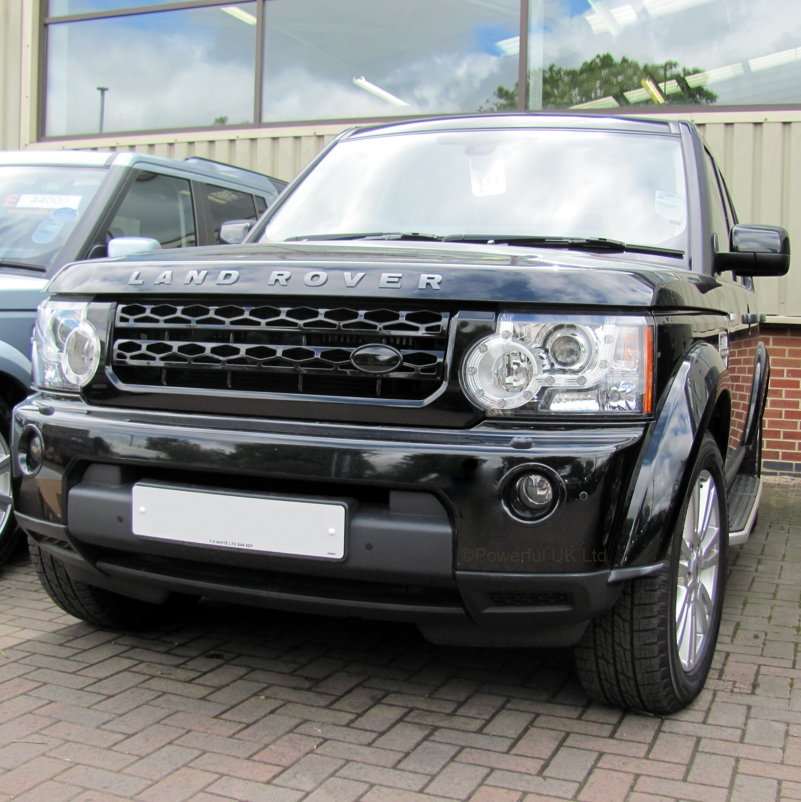 Gloss Black New Front Grille Upgrade Kit For Land Rover