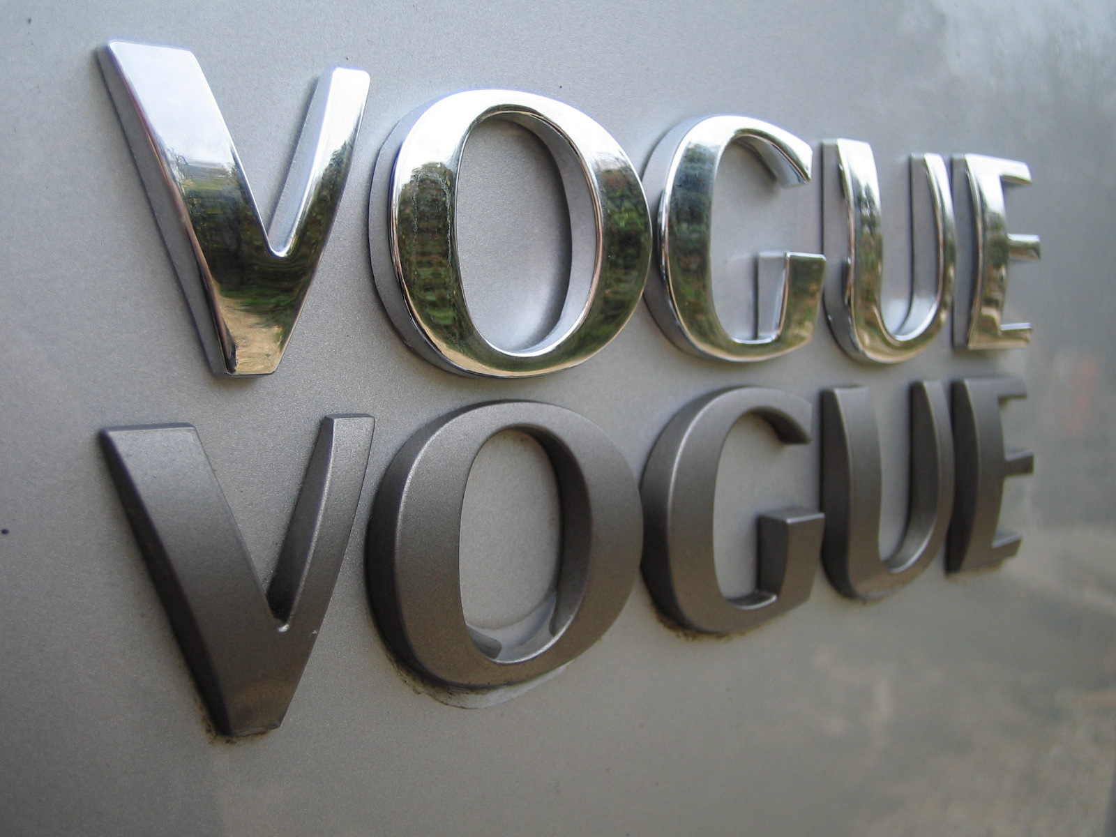 Chrome Letters Vogue For Range Rover P38 Classic Badge