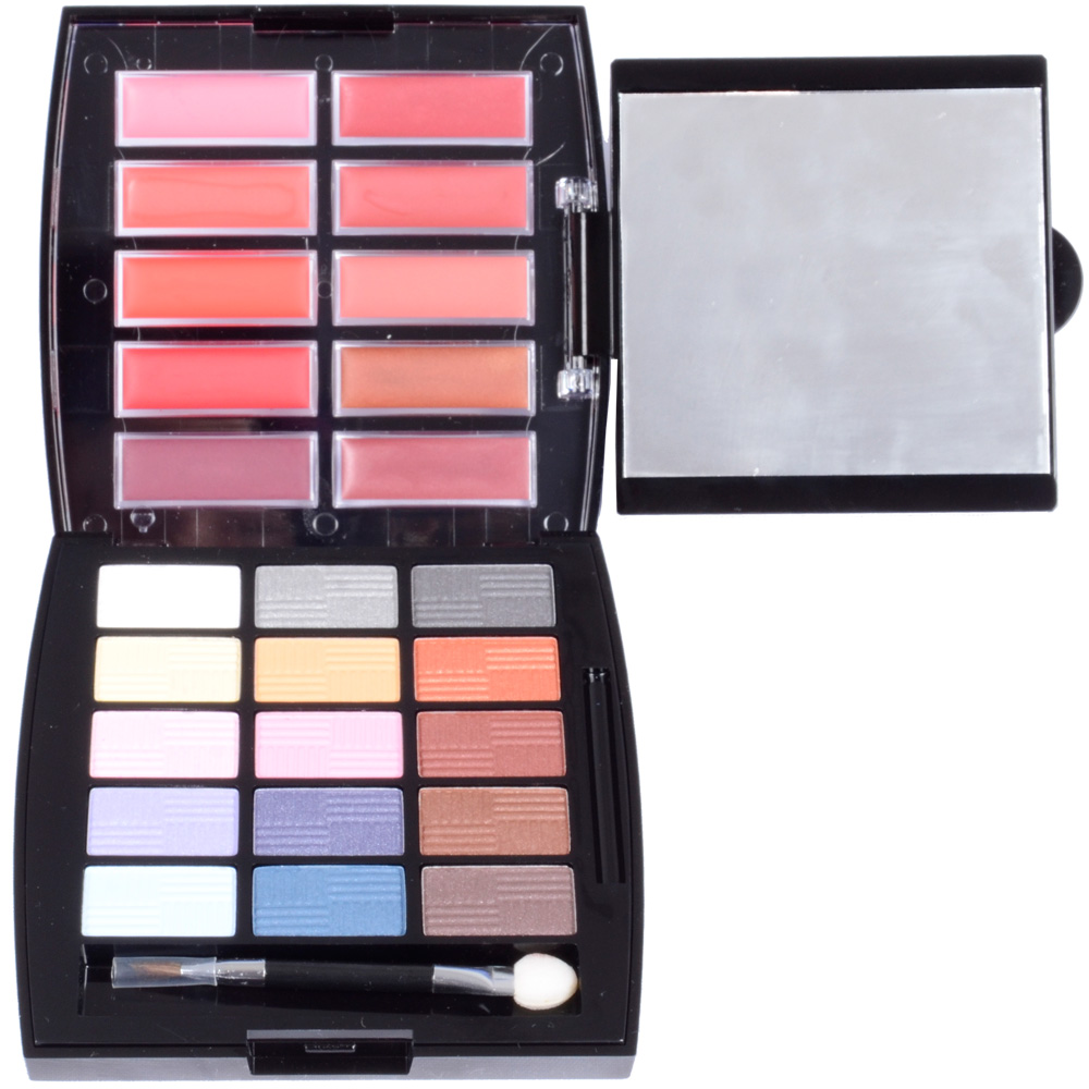 Girl Cosmetics Eyeshadow & Lip Palette with Mirror New