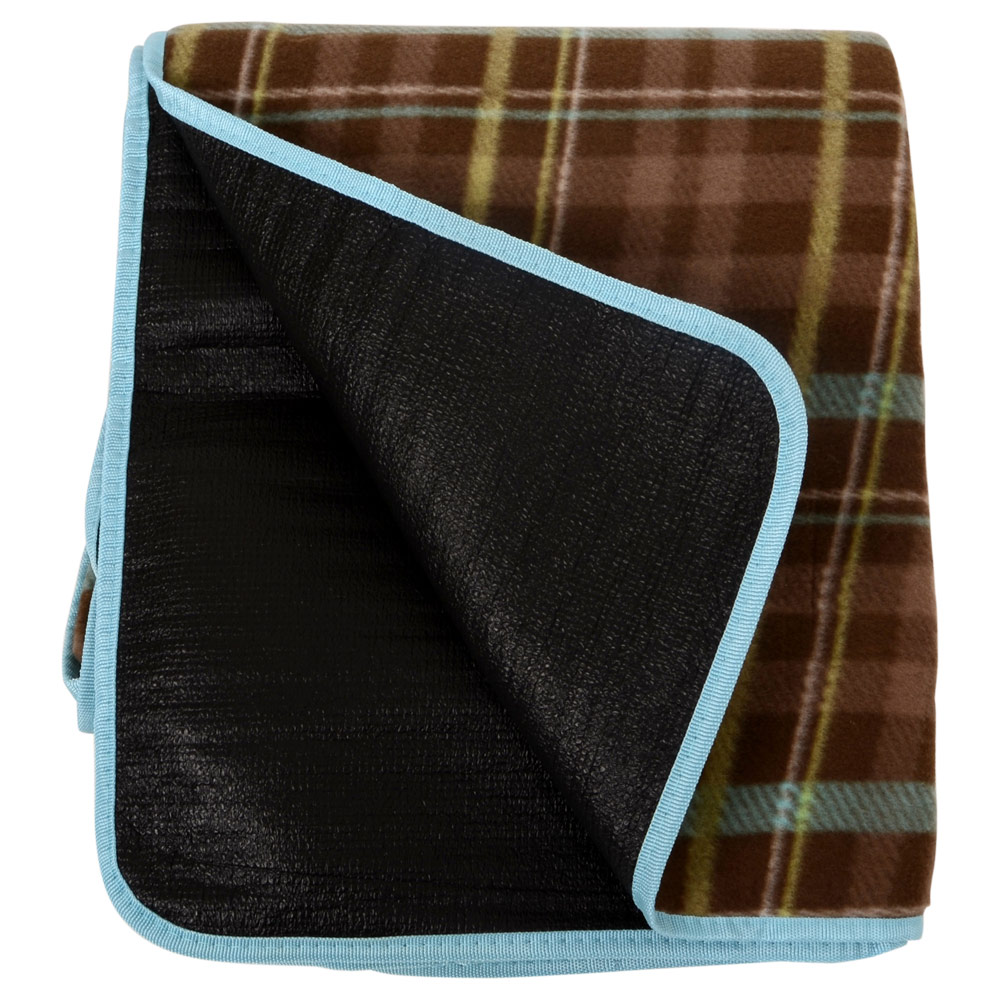 Country-Club-Luxury-Picnic-Blanket-In-an-Oxford-Bag-Soft-Fleece-check-design