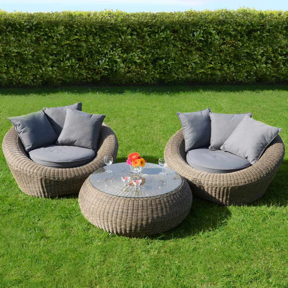 Genoa 3piece wicker rattan garden patio coservatory for Outdoor furniture wicker