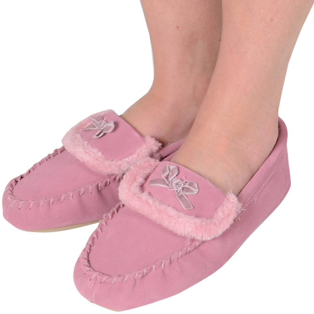 Ladies Faux Suede Moccasin Style Slippers With Furry Lining UK Sizes 3,4,5,6,7,8