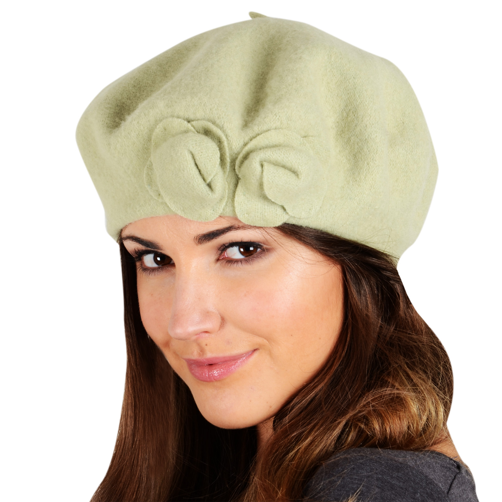 Keep your style top notch with this velvet beret hat. It features an adjustable inner drawstring to provide you with the perfect fit and the soft velvet is trendy and feels comfortable against your skin.