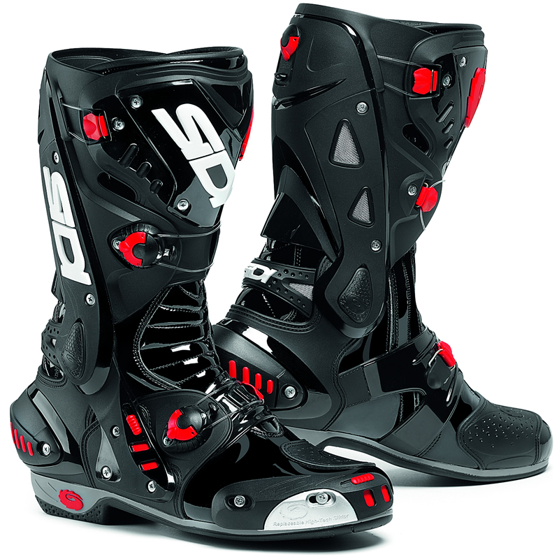 what boots are you guys using? - Yamaha R1 Forum: YZF-R1 Forums