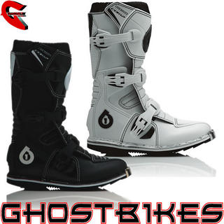 View Item SixSixOne 2012 Youth Comp Motocross Boots