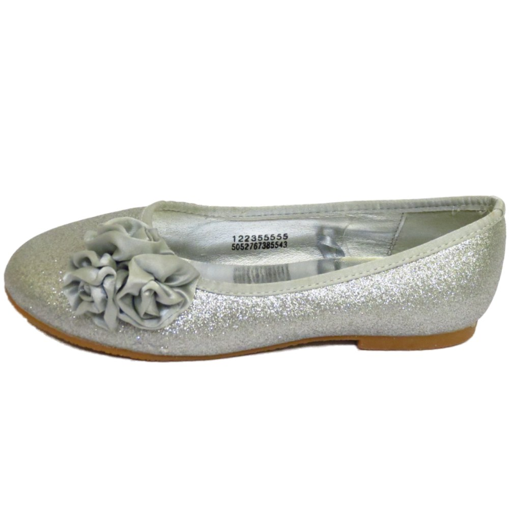 KIDS GIRLS CHILDRENS HOT PINK BALLET PUMPS FLAT Silver Bow EU £ Buy it now. Free P&P. EU 26 as seen no box Features Outer Material: Synthetic Inner Material: Manmade Sole: Gum Rubber Closure: Slip-On Shoe Width: normal. KIDS GIRLS CHILDRENS BLACK BALLERINA PUMPS SMART BALLET FLAT SCHOOL SHOES