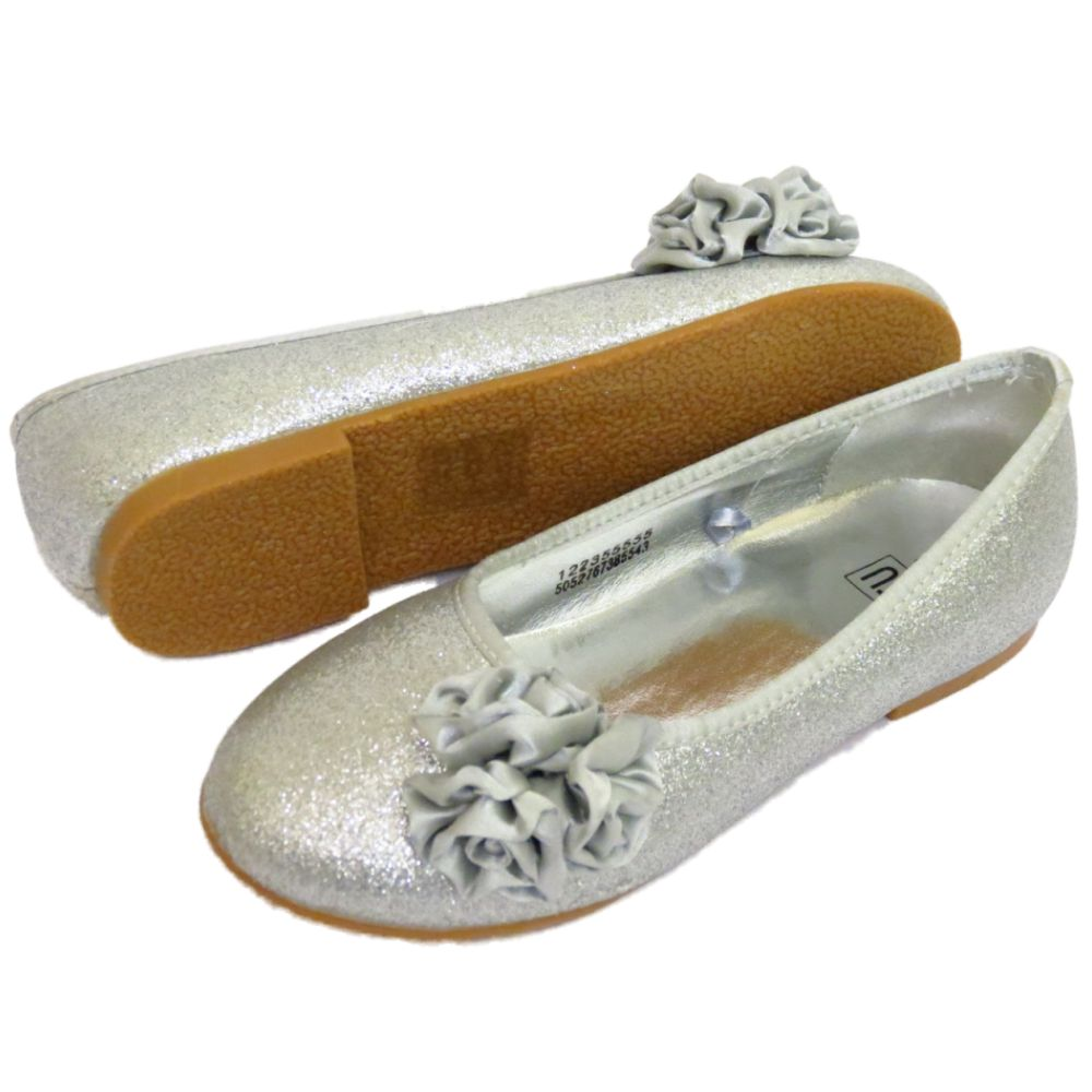 Find cute and affordable toddler and baby girl ballet flats at The Children's Place. They are perfect for dressy formal events or casual playtime.