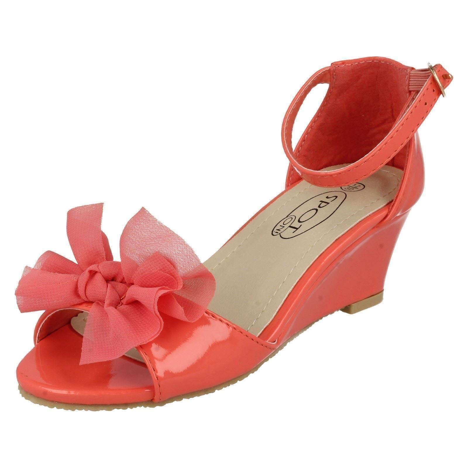GIRLS CORAL LOW HEEL WEDGES PRETTY SLIP-ON PATENT SHOES CHILDRENS SIZES 10-2