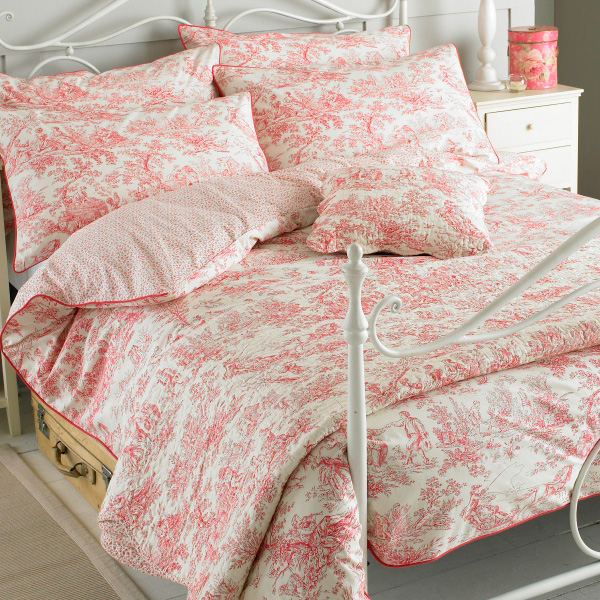 Paoletti canterbury tales toile de jouy en pur coton for Housse de couette laura ashley