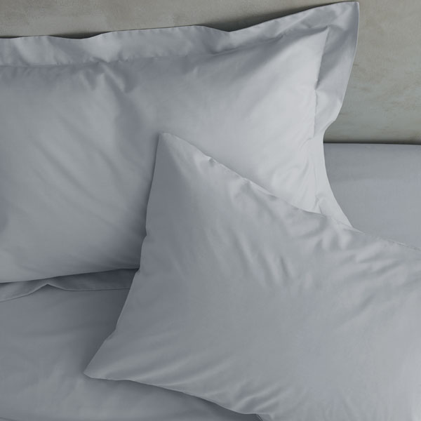 Catherine Lansfield Easy Iron Percale Extra Deep Fitted Sheet