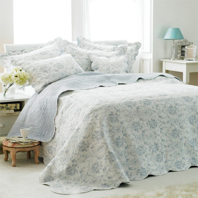 Paoletti Etoille Toile De Jouy Cotton Quilted Bedspread | eBay : quilted bed throws uk - Adamdwight.com