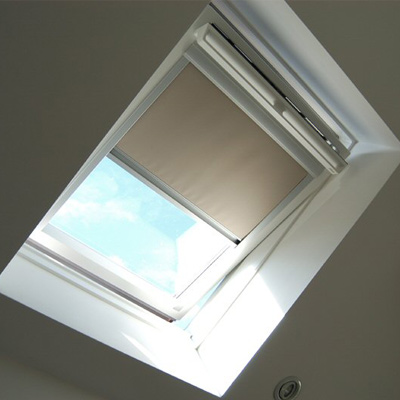 Skylight velux jetran blackout roller blind ebay Velux skylight shade