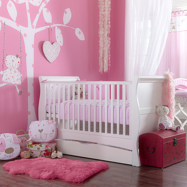white cot bed 2