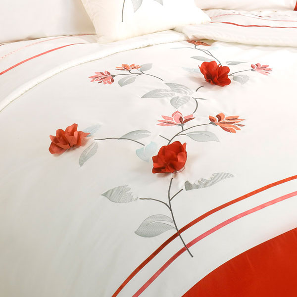 Lifestyle Francesca 3d Flower Petal Embroidered Duvet