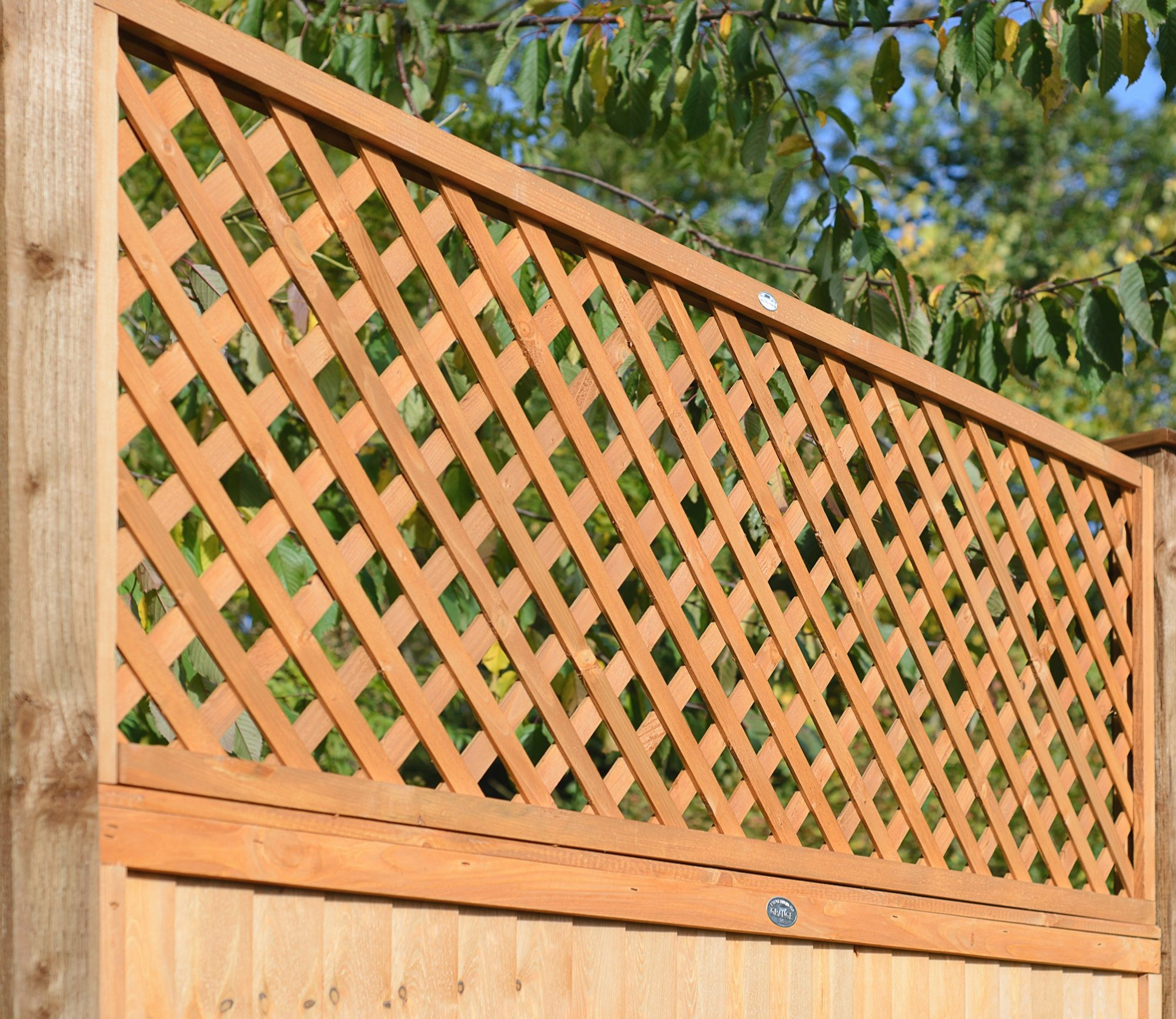 Fsc trellis fence panel diamond lattice heavy duty double for Lattice screen fence