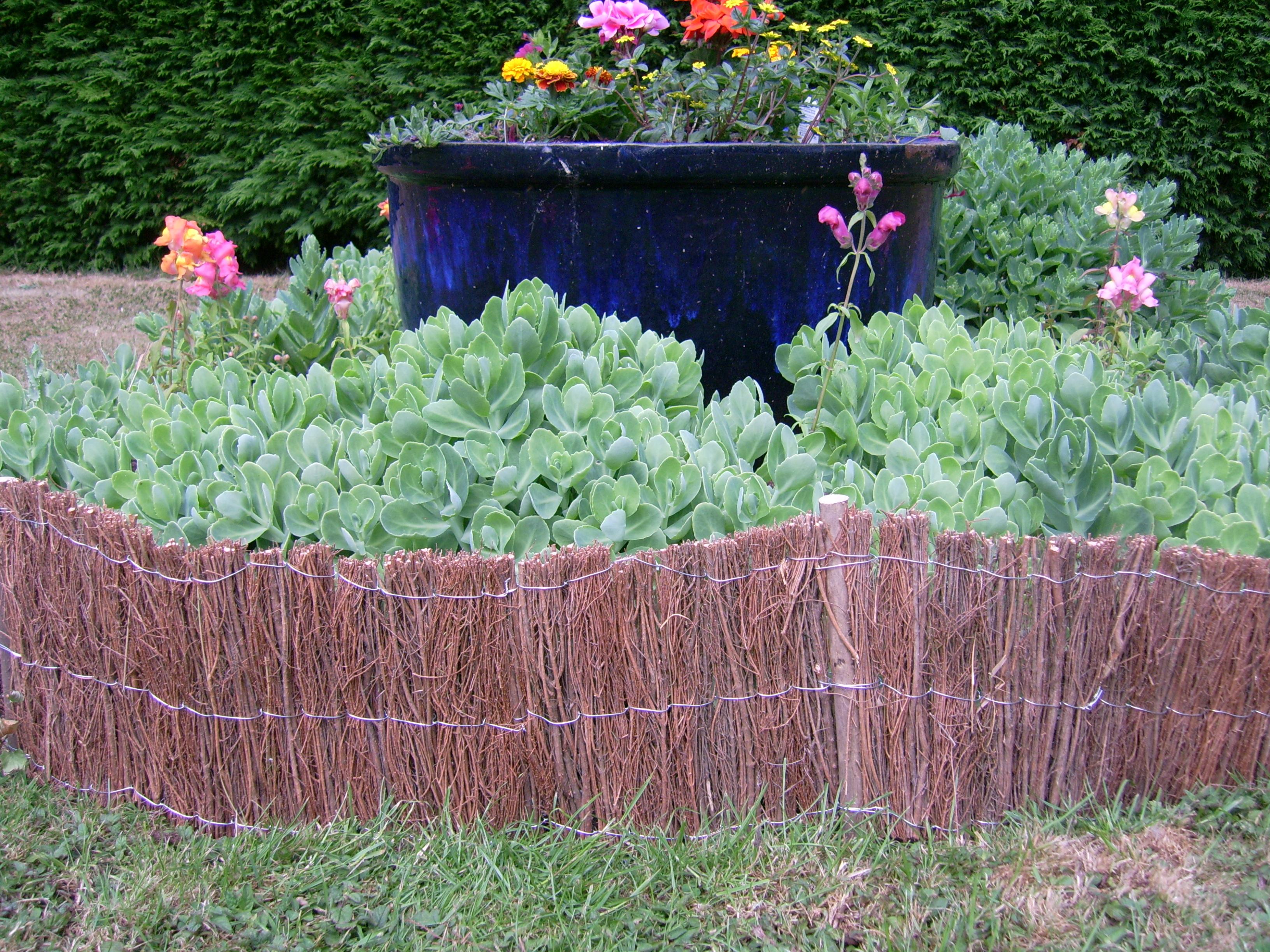 Brushwood garden feature edging flower bed fencing for Garden flower bed fencing