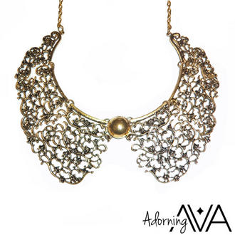 View Item Gold Floral Necklace