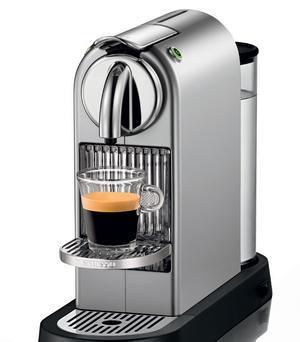 krups xn700240 nespresso citiz 19 bar pressure frosted aluminium coffee maker. Black Bedroom Furniture Sets. Home Design Ideas