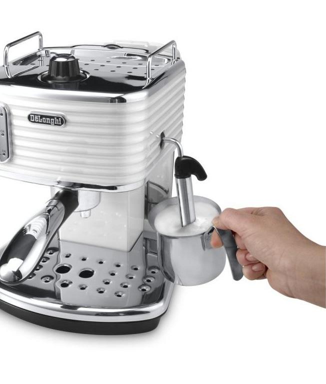 Small batch coffee roasting machine