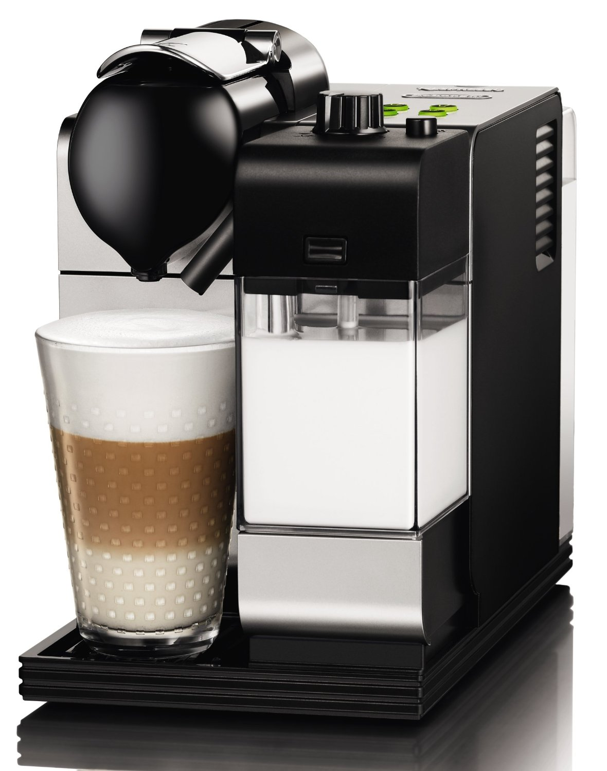 delonghi en520 s 19 bar 1 3kw nespresso lattissima plus. Black Bedroom Furniture Sets. Home Design Ideas