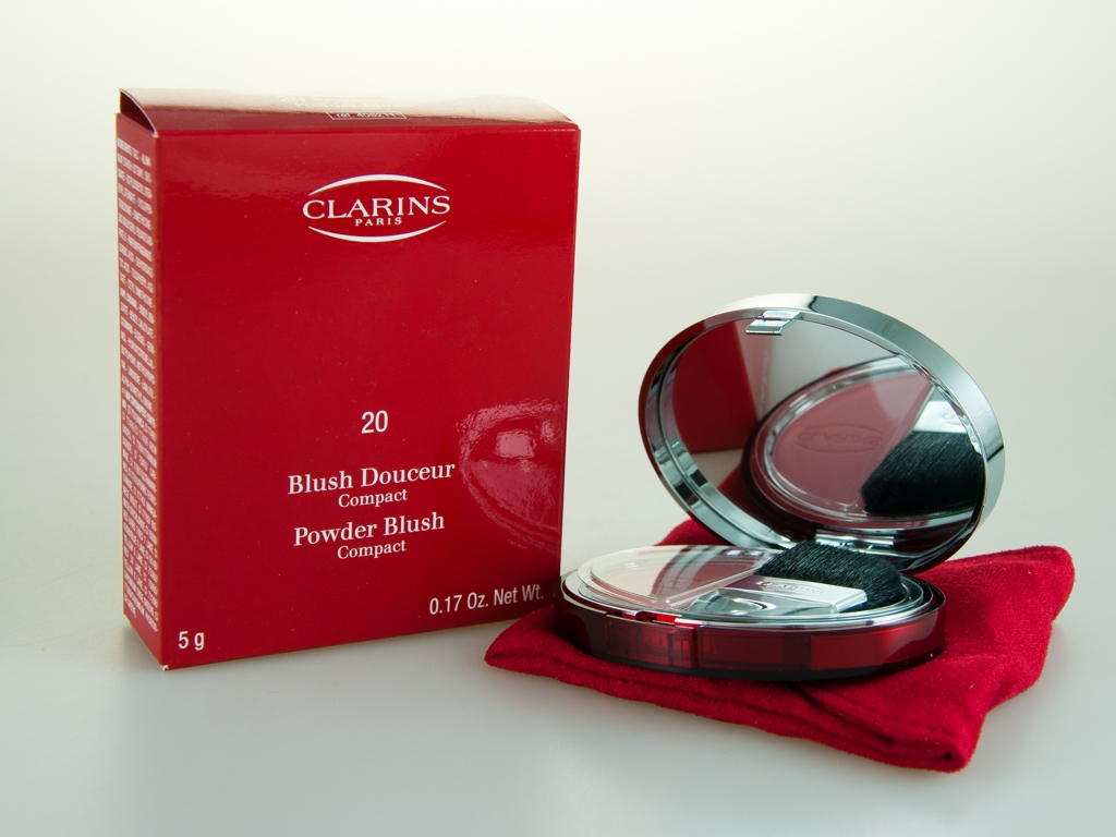 Clarins Powder Blush Compact #20 Rose Enlarged Preview