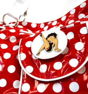 Betty Boop Bucket Bag Thumbnail 2