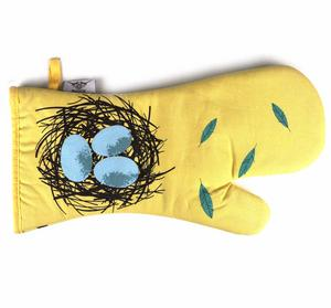Robin Birdy Oven Mitt / Oven Glove By Magpie Thumbnail 2