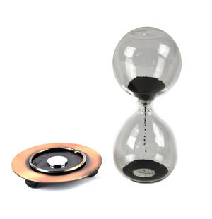 Magnetic Sculpture Sand Timer Thumbnail 2
