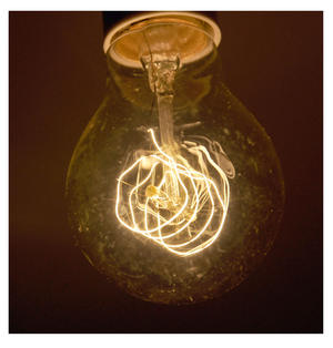 "Vintage Element Light Bulb - ABC 2501 - Clear Glass 40 Watts - 6cm  / 2.5"" Thumbnail 4"