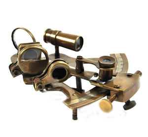 Antiqued Sextant with Wooden Presentation Box Thumbnail 1