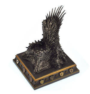 The Iron Throne - The Game of Thrones Replica Thumbnail 3