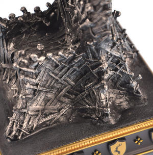The Iron Throne - The Game of Thrones Replica Thumbnail 5