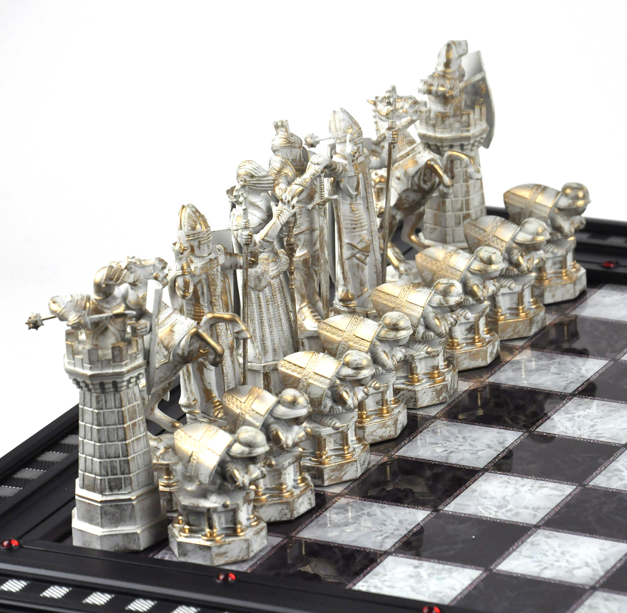 The wizard 39 s chess set from harry potter and the philosophers stone deluxe rep ebay - Deluxe chess sets ...