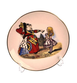 Alice and The Queen of Hearts - Alice in Wonderland Porcelain Wall Plate Thumbnail 1