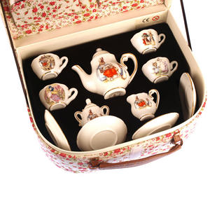 Beatrix Potter Porcelain Tea Set and Hamper Thumbnail 6