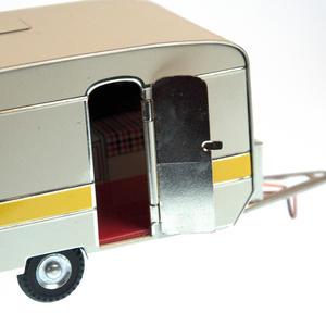 Retro Caravan Thumbnail 5