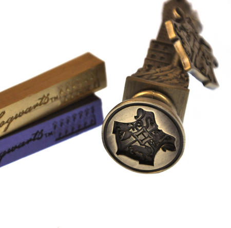 Harry Potter Replica Hogworts Sealing Wax Set